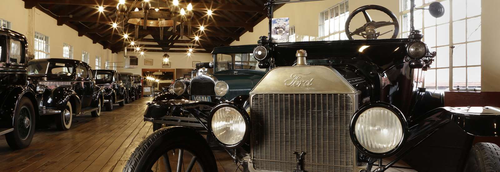 Antique Car Museum at Grovewood Village