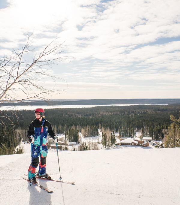 Hit the slopes: downhill skiing and snowboarding in Manitoba