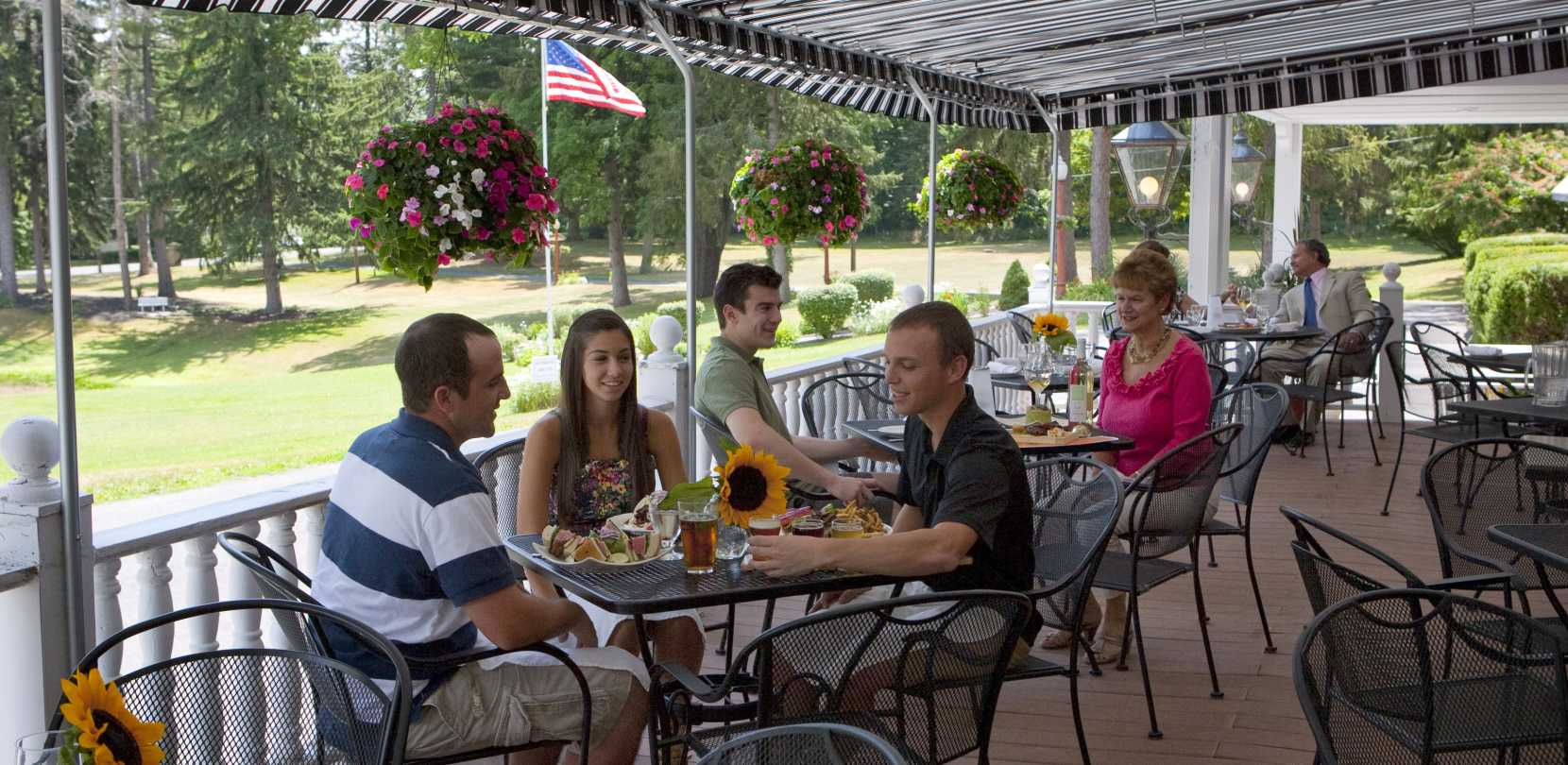 Cayuga County Restaurants Food And Dining Finger Lakes