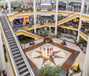 Landmark Mall WW84
