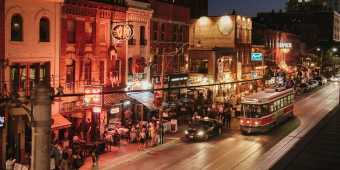 The shops and restaurants of King West at night