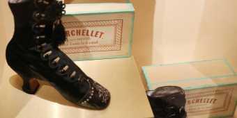 bata-shoe-museum-exhibit