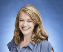 Allison Mayes headshot