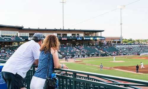 fans_at_baseball_game_Columbia_Fireflies