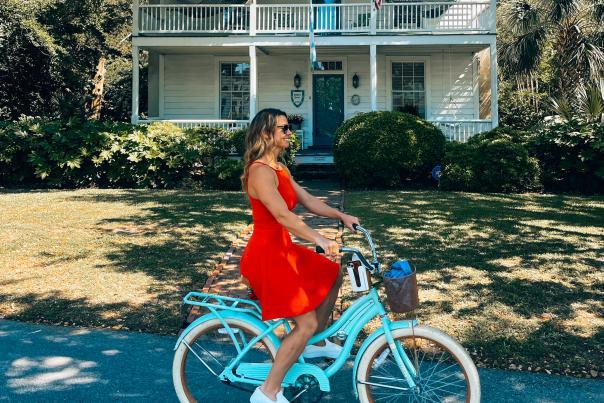Roamaroo on Bike