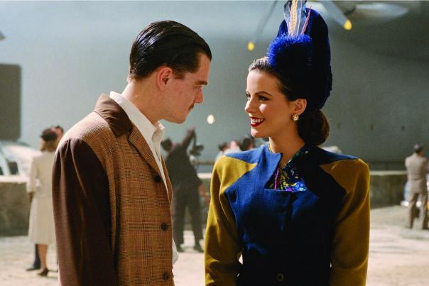 Leonardo DiCaprio as Howard Hughes and Kate Beckinsale as Ava Gardner in The Aviator.