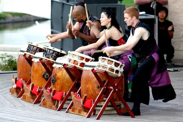 Entertainment on Island Stage, Waterfront Park Kelowna