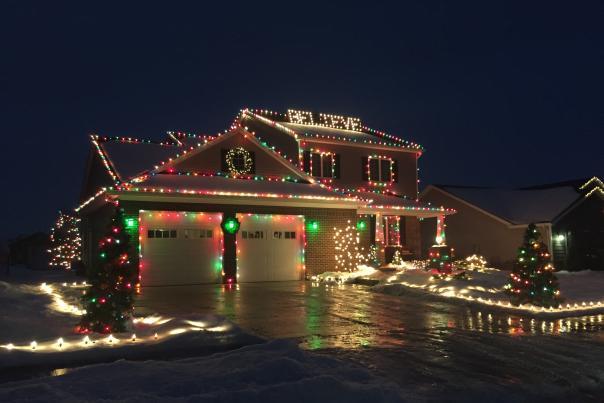 Best Christmas Light Displays in Fort Wayne, Indiana - 7911 Canonero Lane