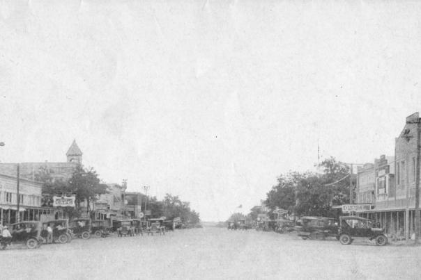Historic Main Street 1920s