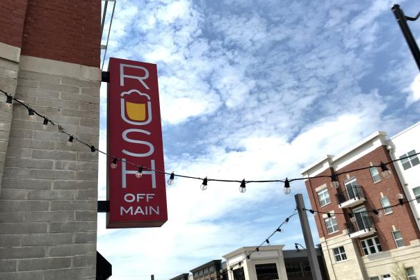 Rush Off Main, Brownsburg, Main Street, Chicago style