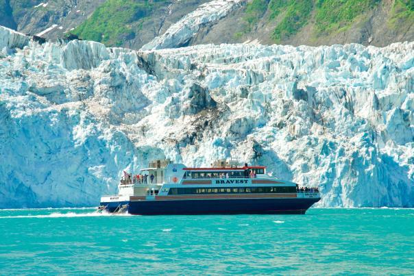 Phillips Cruises & Tours M/V Bravest