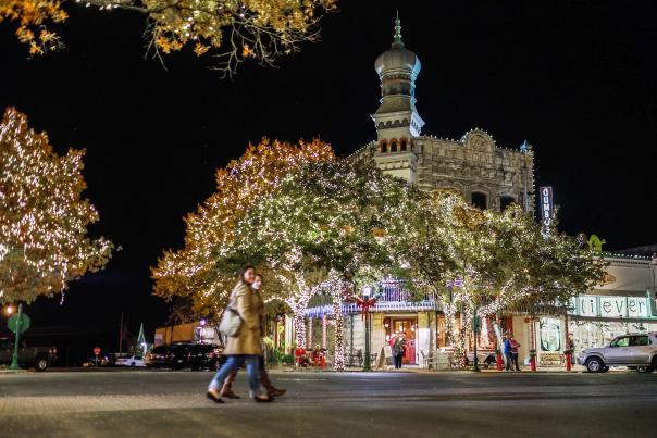 Holiday Lights on the Square. Credit Georgetown CVB.