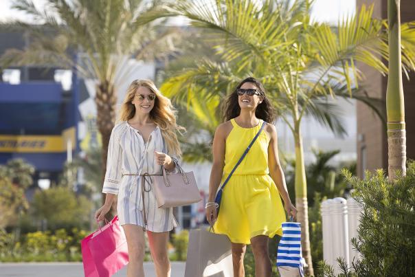 Shopping in Daytona Beach