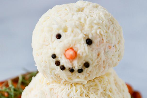 Snowman Cheeseball from The Kitchen