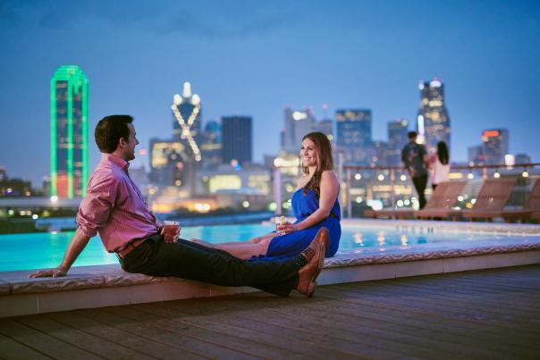Couple-Nylo Rooftop-Marriot Marquis-Dallas-H