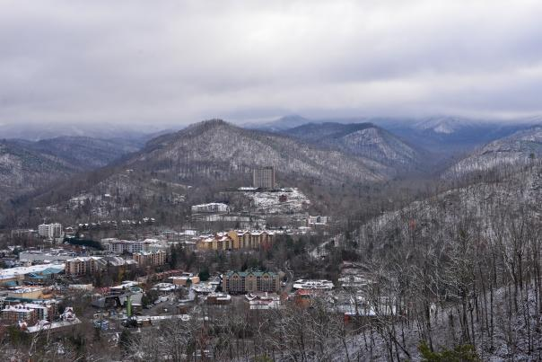 Gatlinburg By-Pass covered in snow