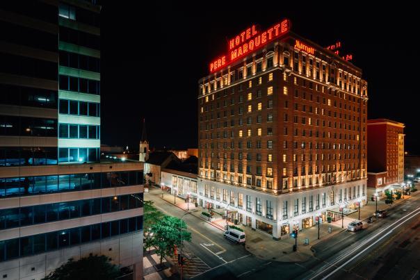 Hotel Pere Marquette Outside Dark