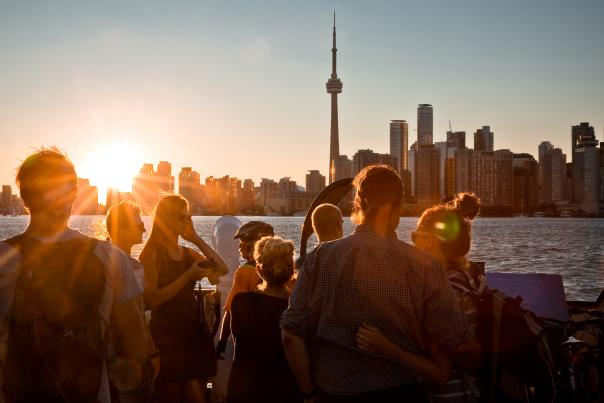 A sunset view of the Toronto skyline from the Centre Island ferry