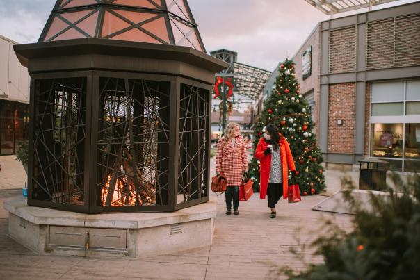 Tanger Outlets Grand Rapids - Holiday Shopping