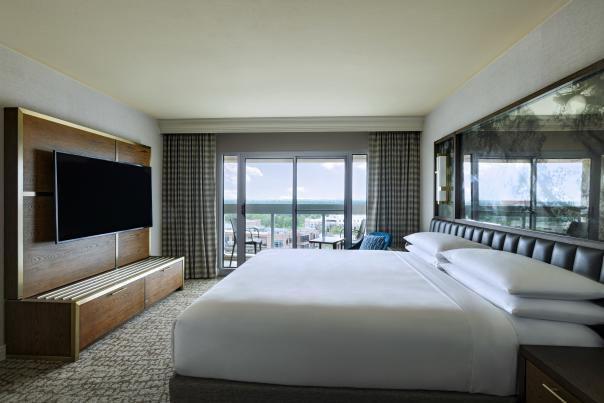 The Woodlands Waterway Marriott Hotel Room
