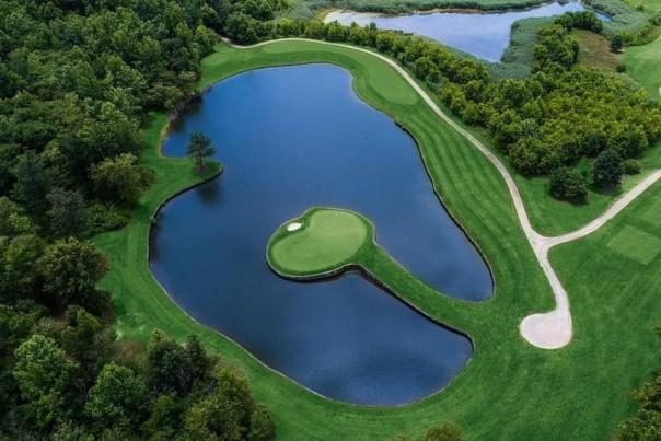 Golf course at Renditions