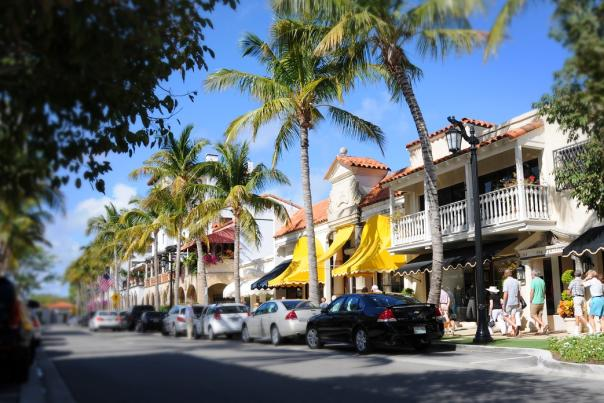 Florida shopping areas - Worth Ave. in Palm Beach