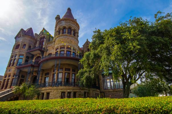 Bishops Palace-Galveston-Historic-H