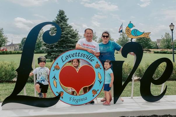Lovettsville Love Sign