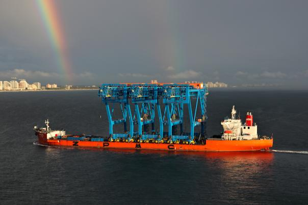 New Super-Post-Panamax Gantry Cranes