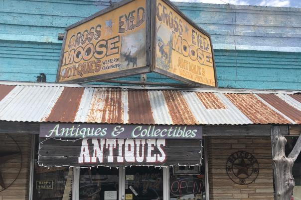 Shopping-Antiques-H