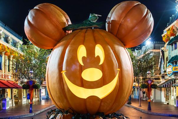 Halloween Time at Disneyland Resort with Hilton