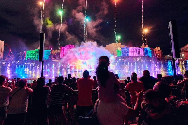 Universal Orlando's Cinematic Celebration lights up select nights with a gala of songs, water and light that transports you into the movies.
