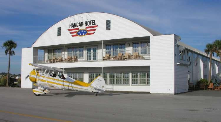 Hangar Hotel