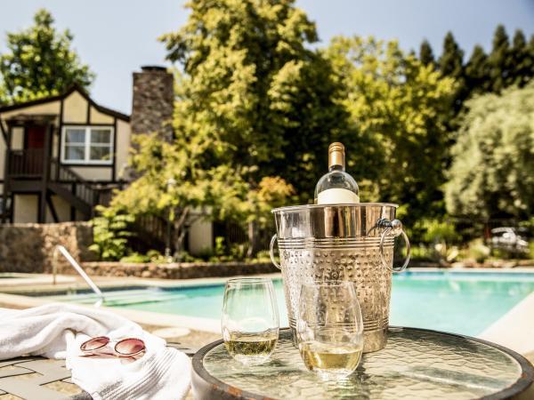 Wine at Harvest Inn pool
