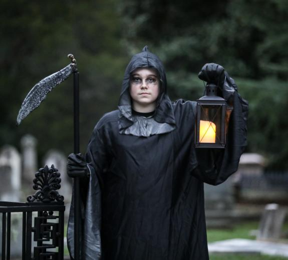 Memory Hill Haunted Cemetery Tour