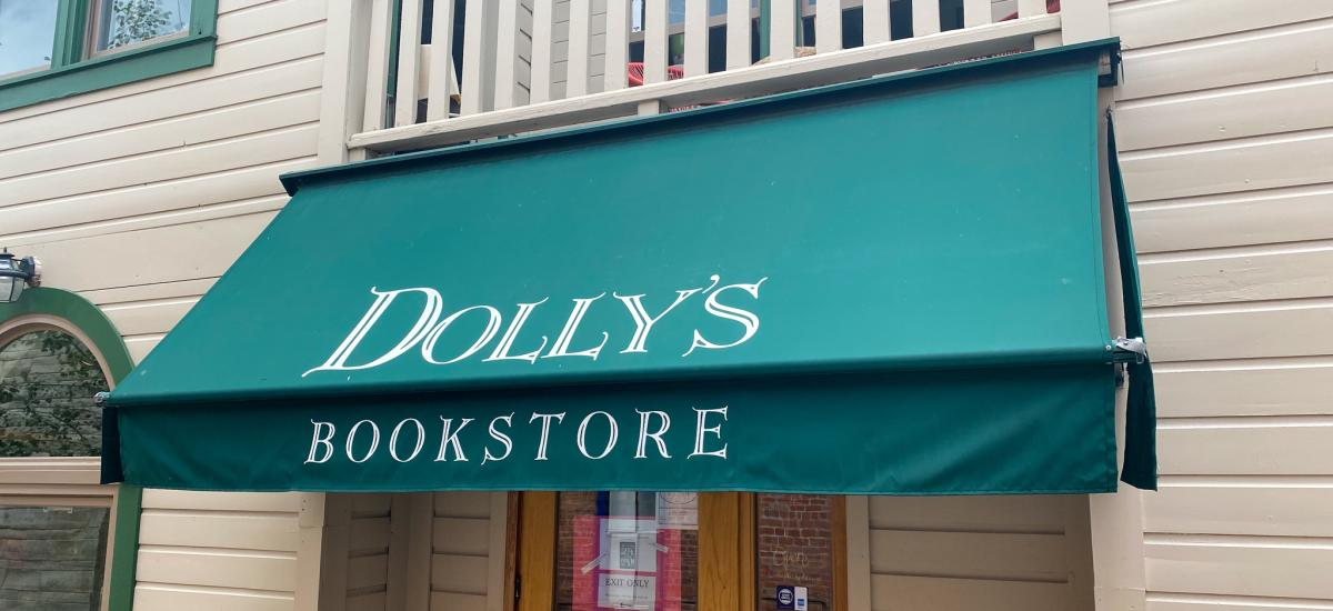 sign for Dolly's bookstore