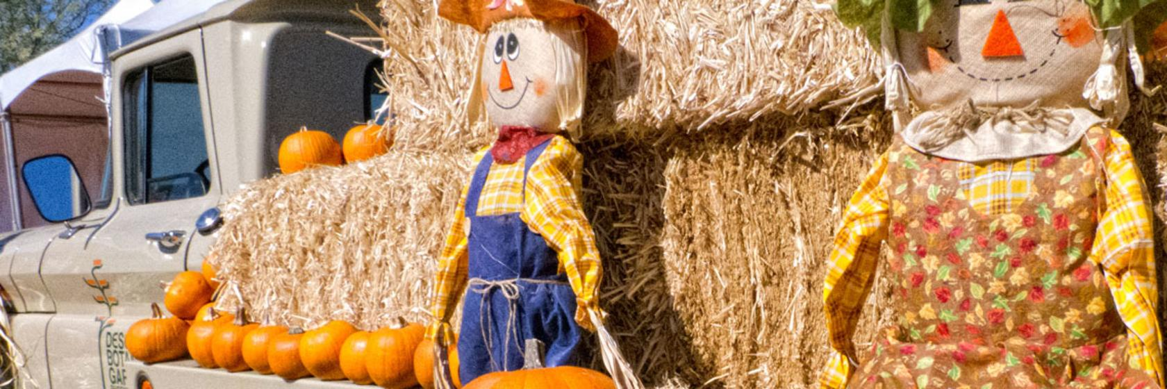 Pumpkin & Scarecrows on a Hay Truck