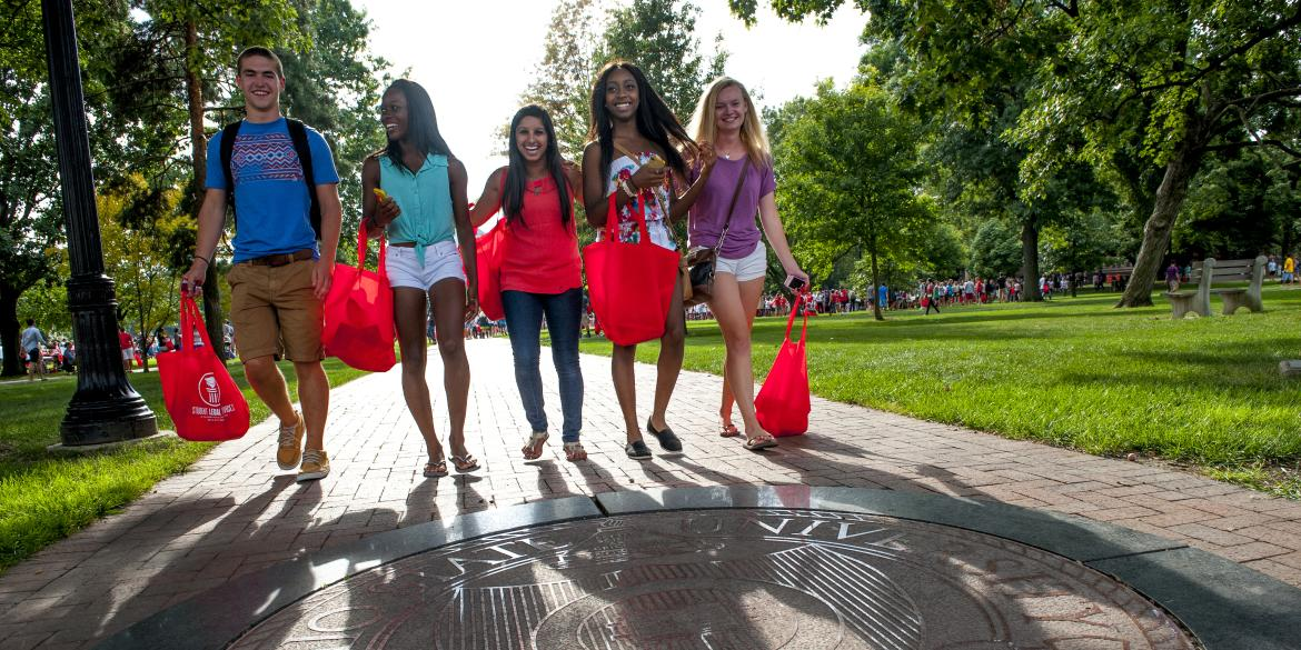 New students walking on Ohio State's campus.