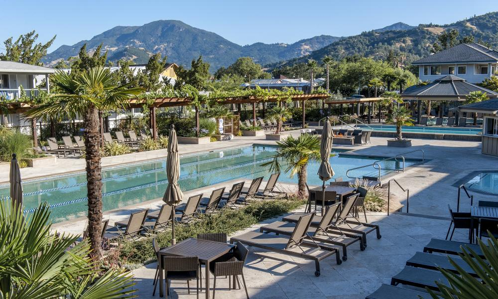 Calistoga Spa Hot Springs mineral pool