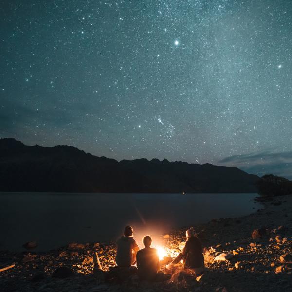 Stargazing over Lake Whakatipu