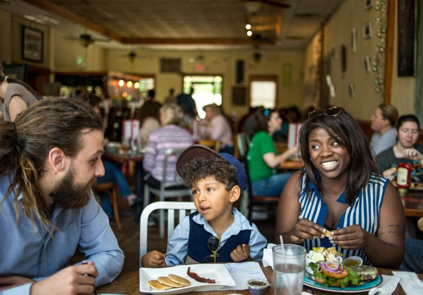 Family eating brunch