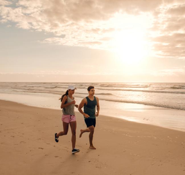 Couple_Jogging_Beach_LO_RES_550