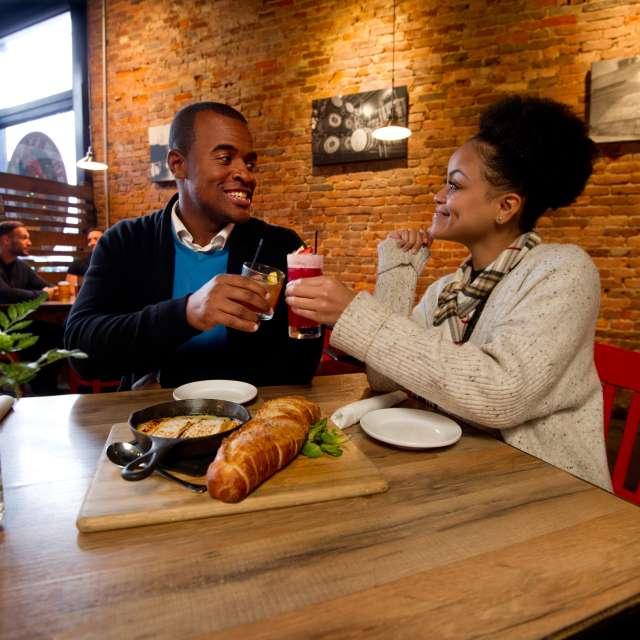 Red Yeti Couples Cheers