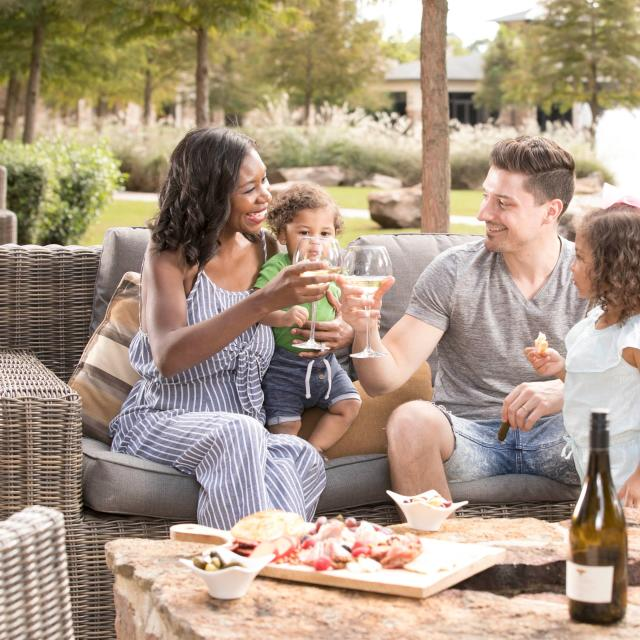 Family Dining Outdoors at The Woodlands Resort