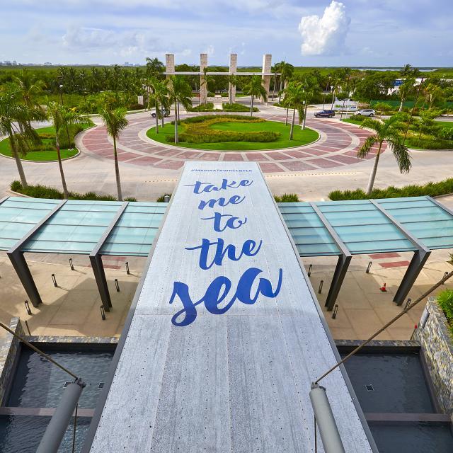 Puerto Cancun 2
