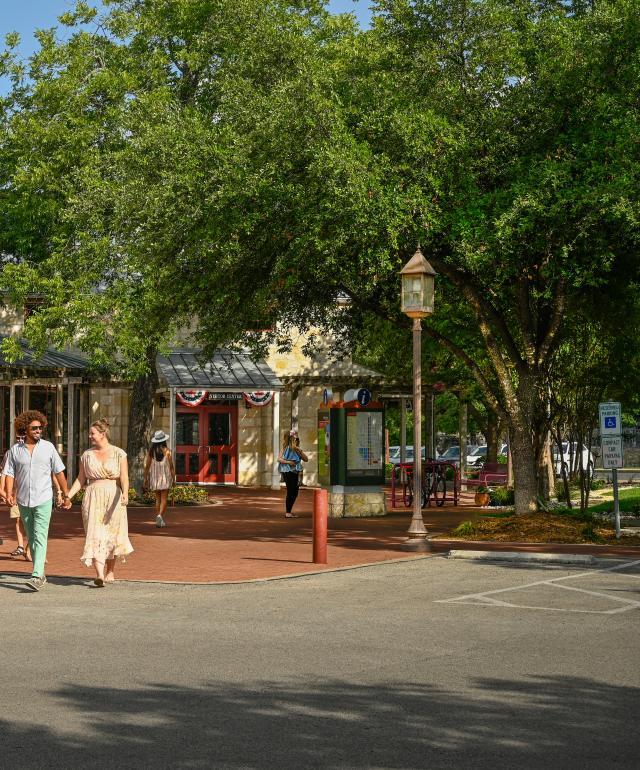 Visitors Load Fredericksburg Tours Trolley at VIC