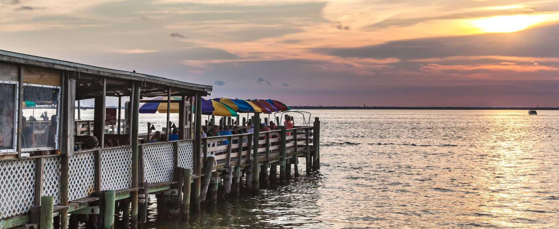Waterfront Restaurants Dining Florida S Emerald Coast