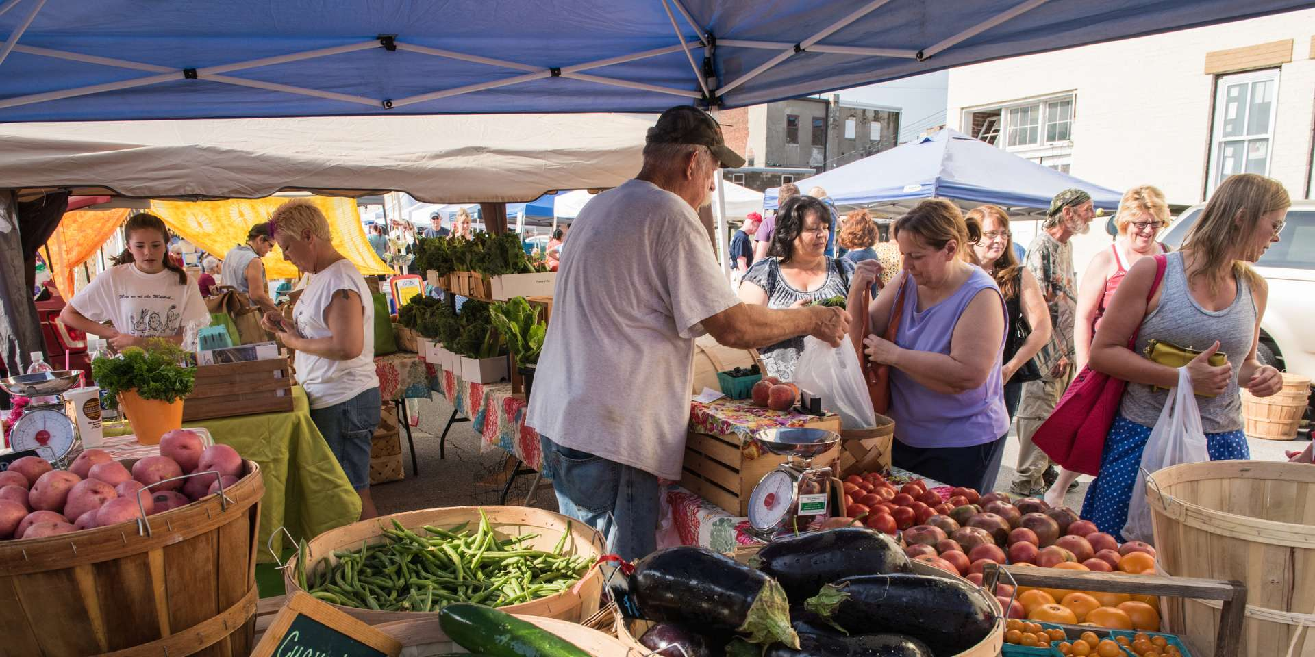 South Madison Farmers Market Has New >> Southern Indiana Farmers Market Things To Do