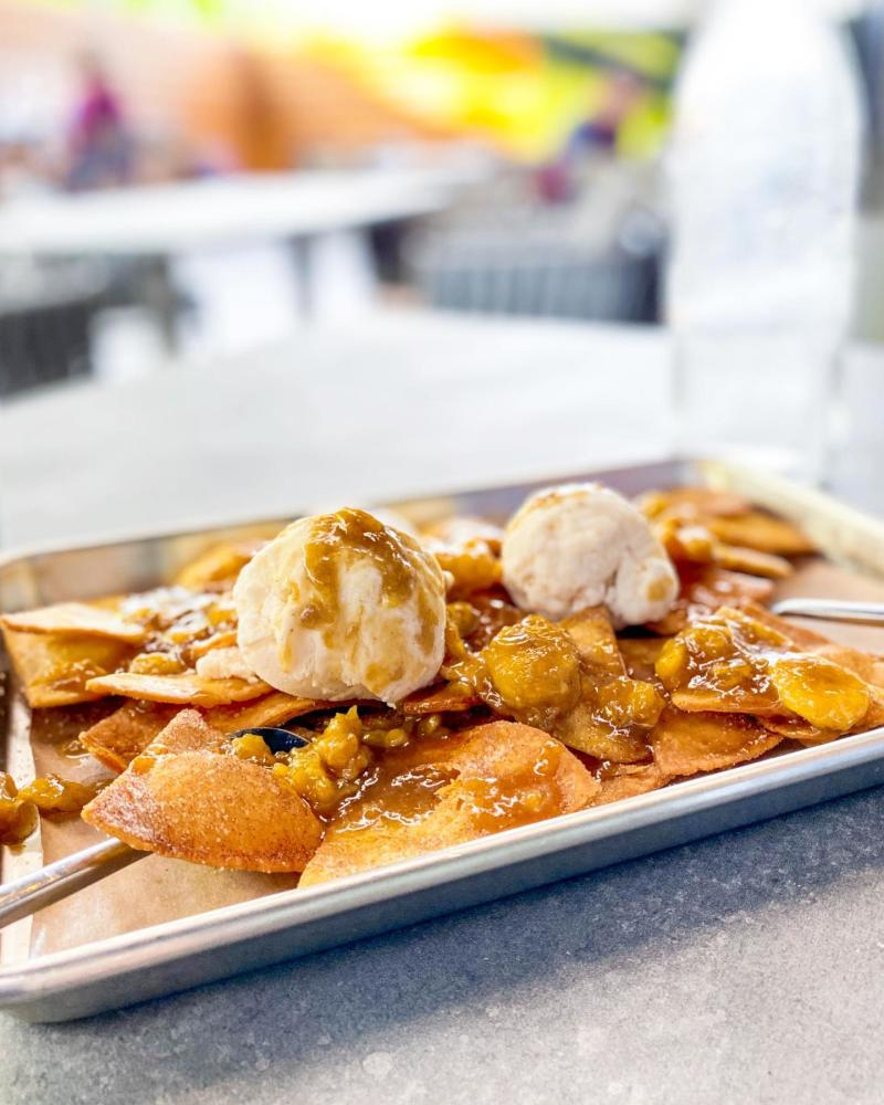 plate of dessert nachos