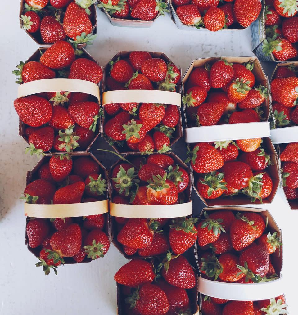market-strawberries